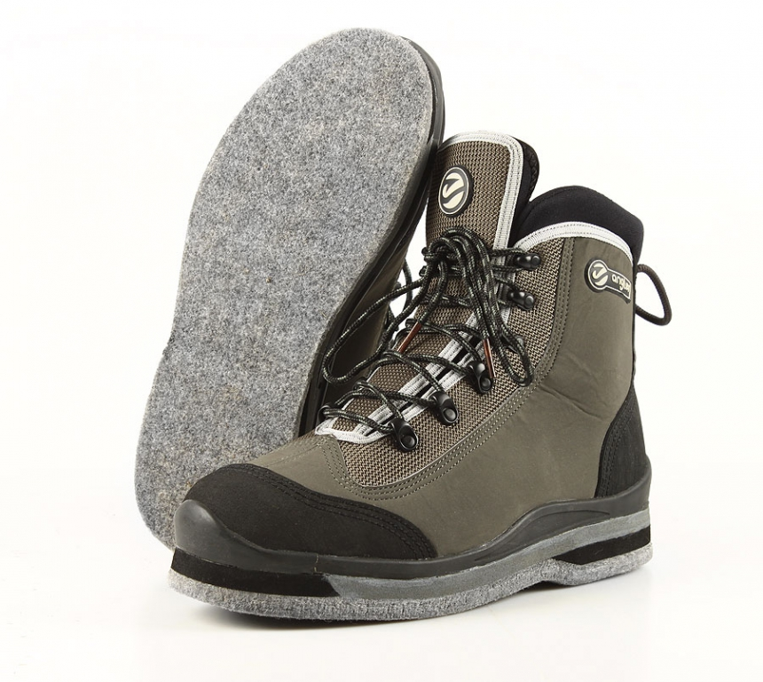 B8=:8 Angler Water Line Wading Shoes